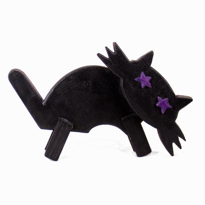 Деревянный котик от Виктора Перельмана